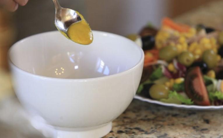 Mediterranean Salad (Ensalada Mediterranea)