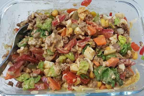 Colorful Salad with Mince and Cheese