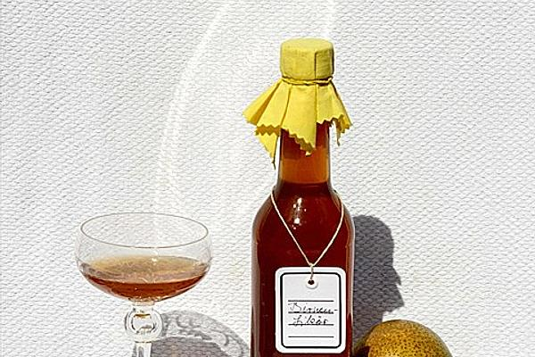 Pear Liqueur Made from Juice