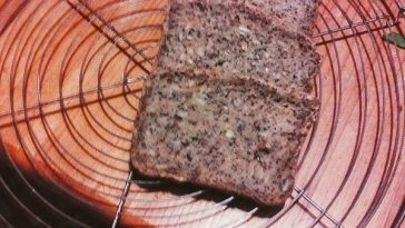 Wholemeal Spelled Bread with Grains