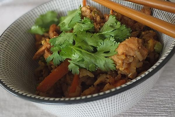 Fried Rice with Chicken, Vegetables and Egg