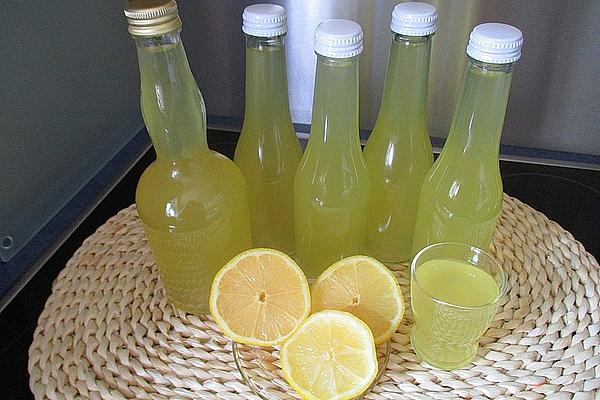 Lemon Liqueur Made from Organic Lemons
