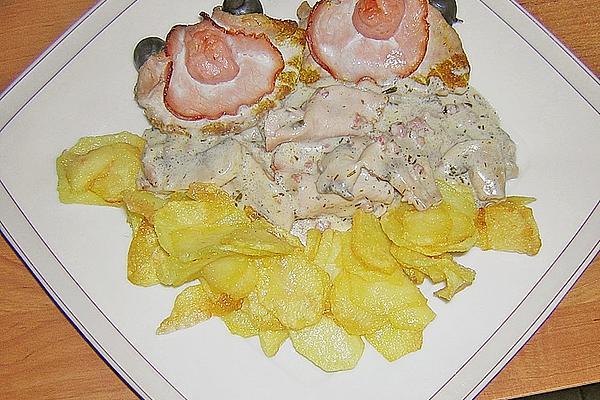 Pork Loin Clams with Mushroom Sauce and Potato Chips