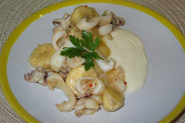 Squid with Bananas