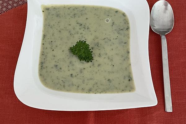 Wild Garlic and Zucchini Soup