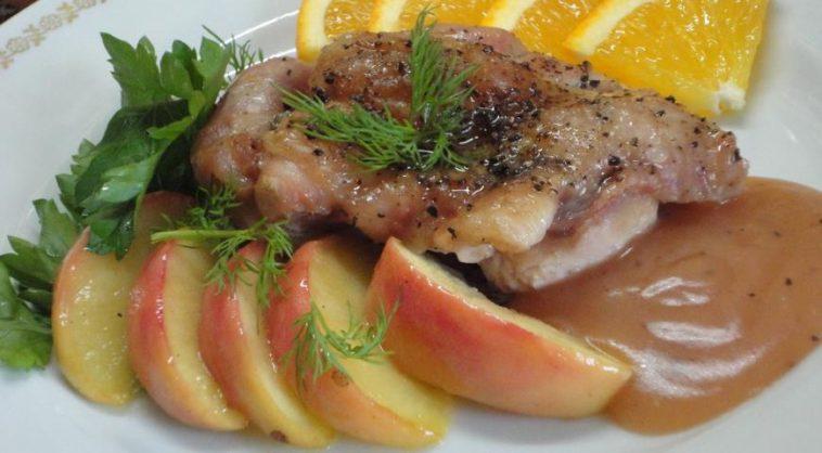 Duck with Apples in Orange Sauce