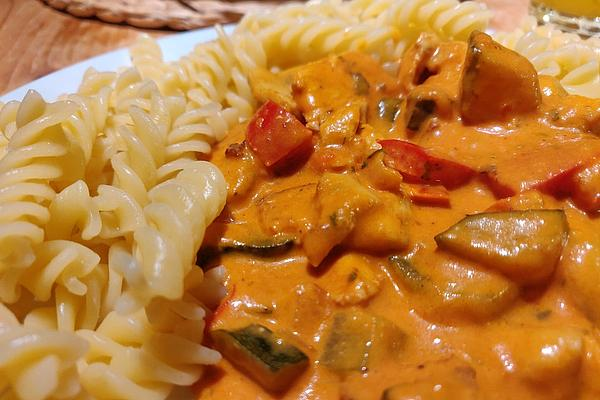 Pasta with Chicken Breast and Vegetables